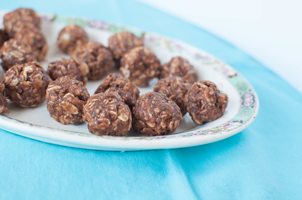 Chocolate Peanut Butter Energy Balls 3