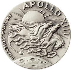 Apollo 13 Robbins medal obverse