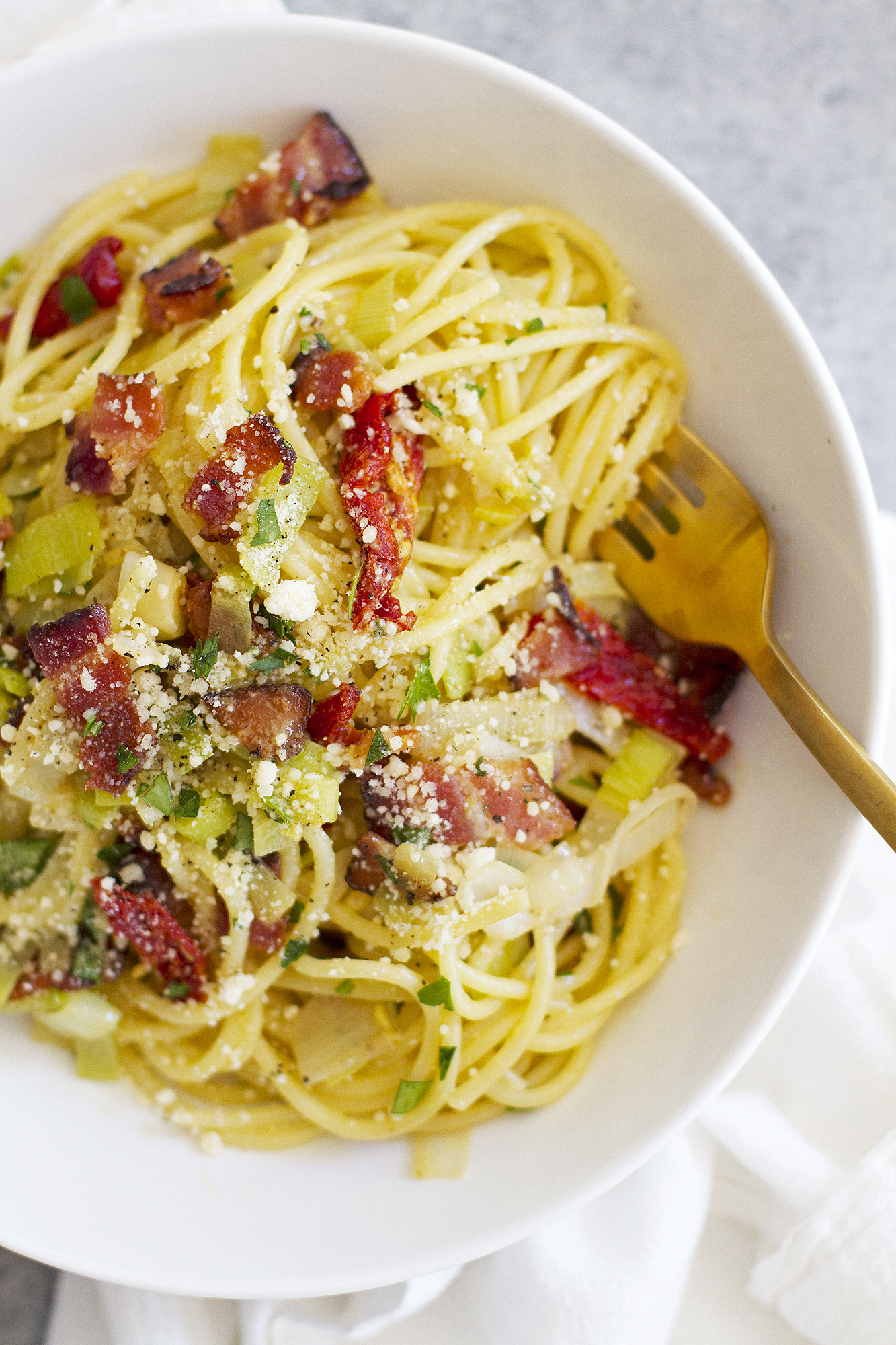 Pasta Carbonara with Leeks and Sun-Dried Tomatoes | girlversusdough ...