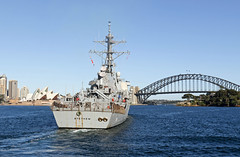 USS Stethem (DDG 63) arrives in Sydney, Aug. 14. (U.S. Navy/MCC Hendrick Simoes)