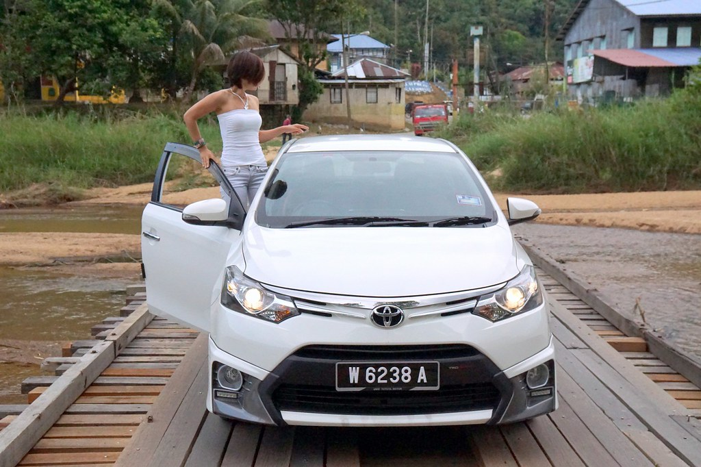 rebecca saw - car reviews - toyota vios TRD-024