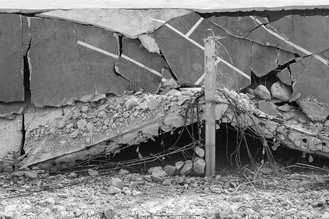 Arch Garage Demolition 2015-03-22 6