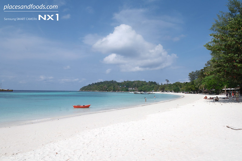 koh lipe pattaya beach wide shot