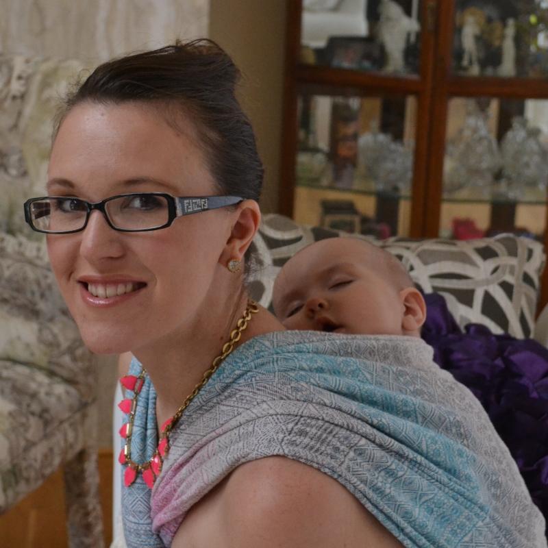 Babywearing Didymos indio aurora with Stella and dot jewelry