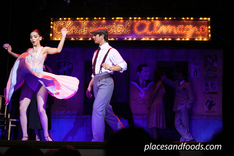 Esquina Carlos Gardel argentine tango spin