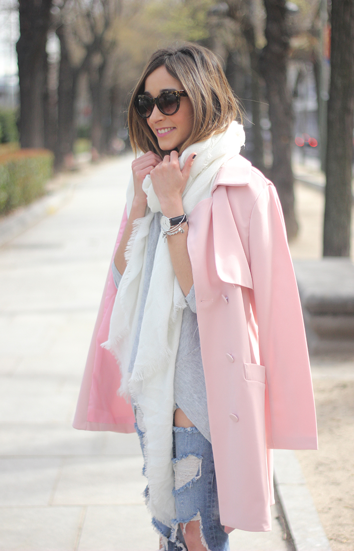 Pink trench & Ripped Jeans10