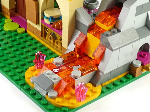 LEGO Elves 41074 Azari and the Magical Bakery 15