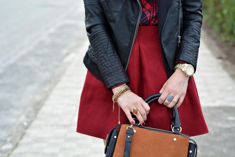zara_ootd_outfit_falda roja_botines_sheinside_plaid_09