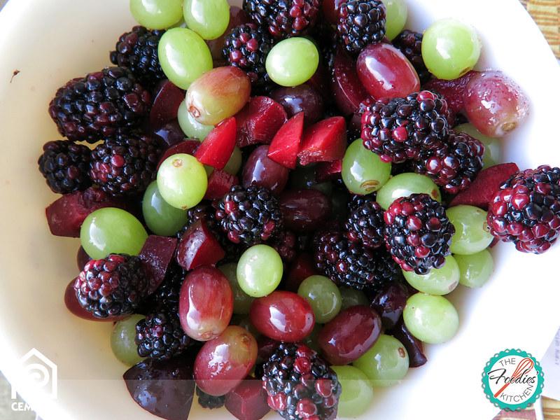 Blackberry & Green Grape Fruit Salad
