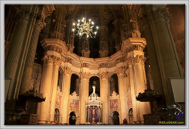 Semana Santa en Málaga. Cofradia de Viñeros (2)
