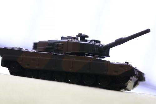 トミカプレミアム 90式戦車_07