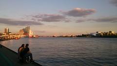 Zonsondergang aan de Elbe