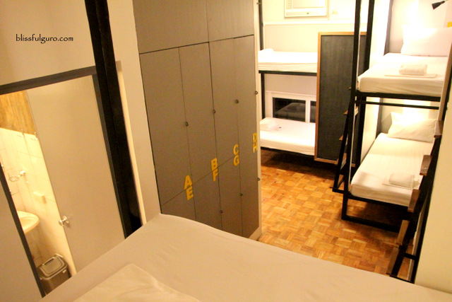 Z Hostel Makati Dorm Room