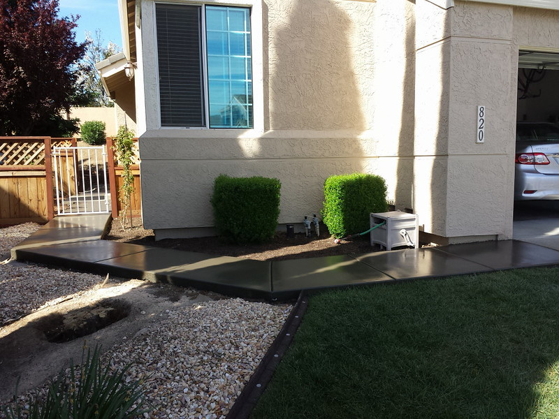 New Front Yard Concrete Walkway In Vacaville Ca Solano