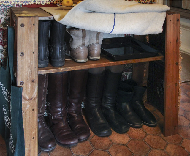 Boots storage shelf