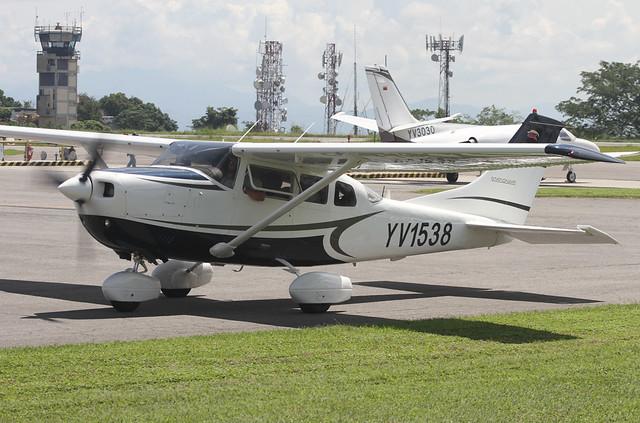 YV1538