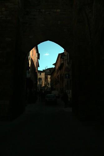 """Montepulciano: ingresso """"incorniciato"""""""