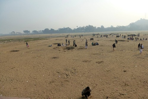 The sandy bed of the Falgu