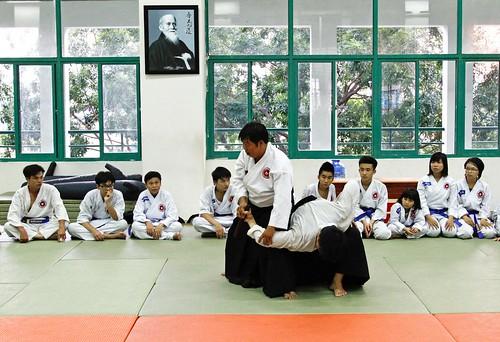 Đi tìm sức khỏe và tự tin ở Aikido