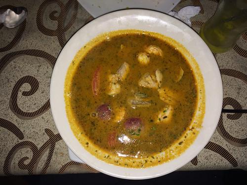 Latacunga: sopa de mariscos (poisson, crevettes, moules, poulpes). Un délice !