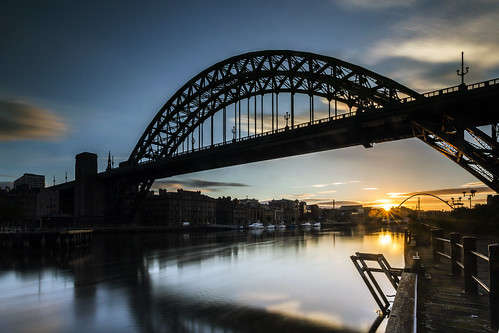 bridge england cloud sun reflection water silhouette sunrise river newcastle dawn long exposure tripod bridges tyne quay gateshead motionblur website quayside tyneandwear project366 6stop