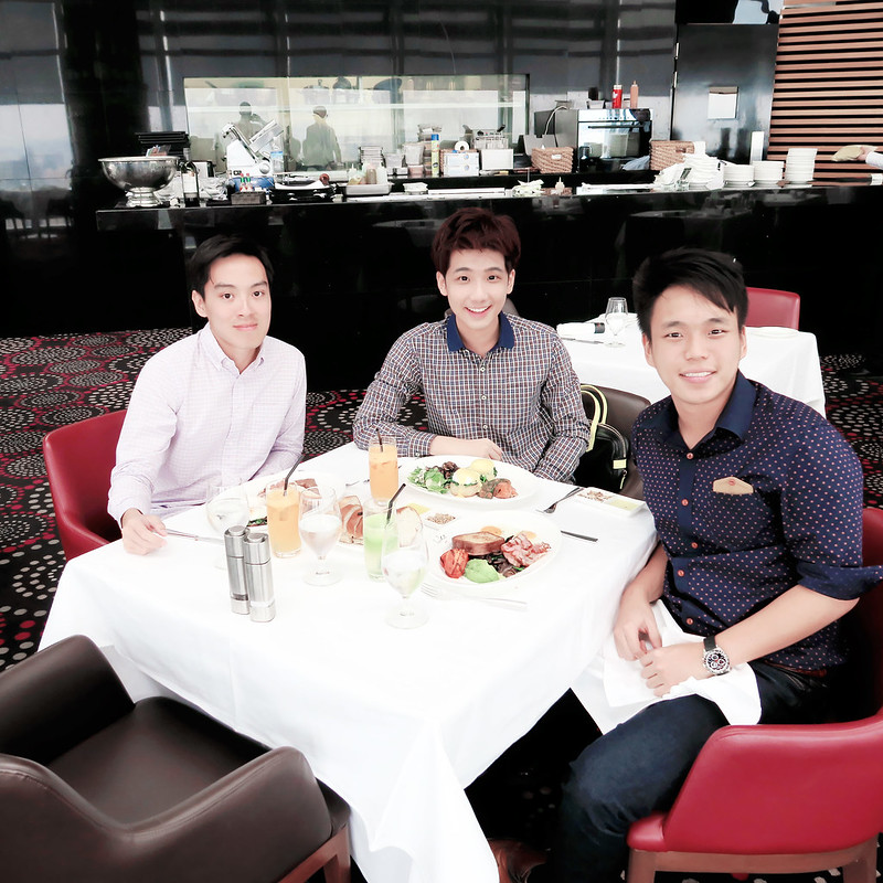 pui typicalben tw Salt grill & Sky bar