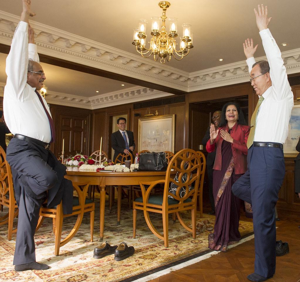 Secretary-General Gets Yoga Lesson From Vijay Nambiar