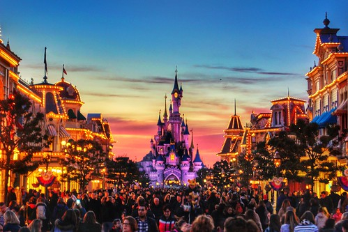 street pink sunset paris france castle clouds mainstreet europe dusk disneyland sony main disney dslr hdr disneylandparis a65 disneyparks sonya65