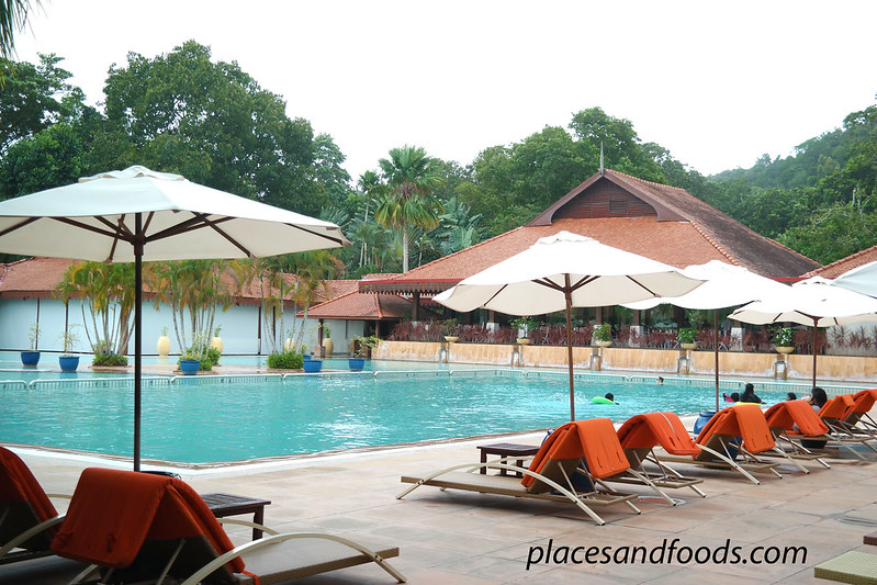 club med cherating swimming pool