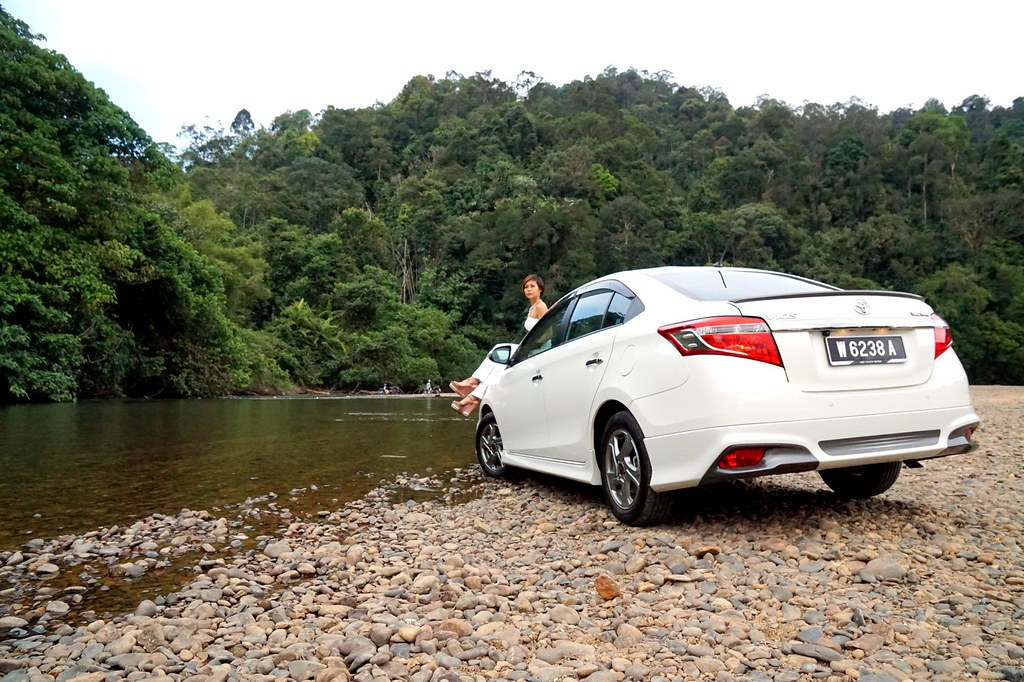 rebecca saw - car reviews - toyota vios TRD-027