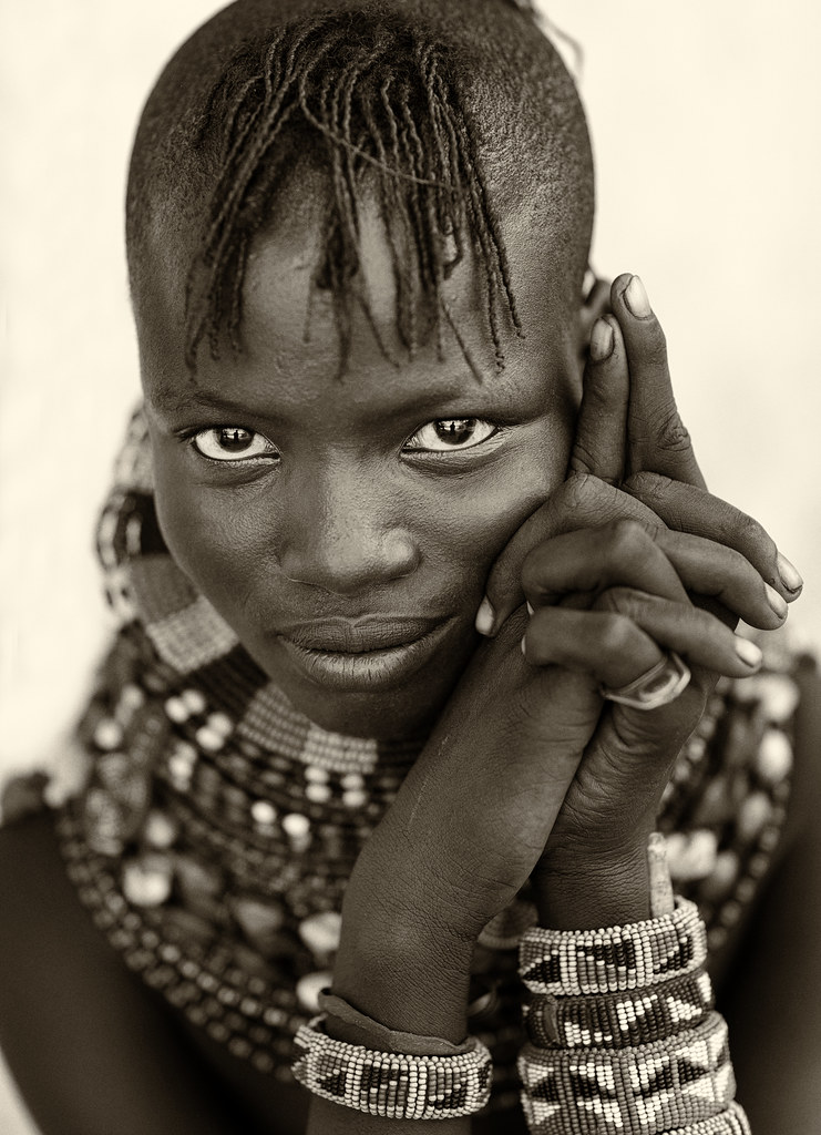 Kenya, beautiful young Turkana woman