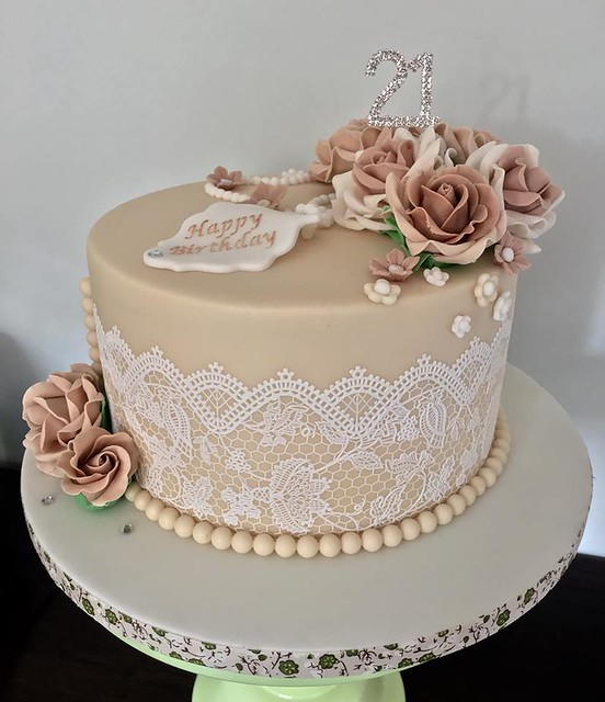 21st Birthday Cake by Lorraine Yarnold
