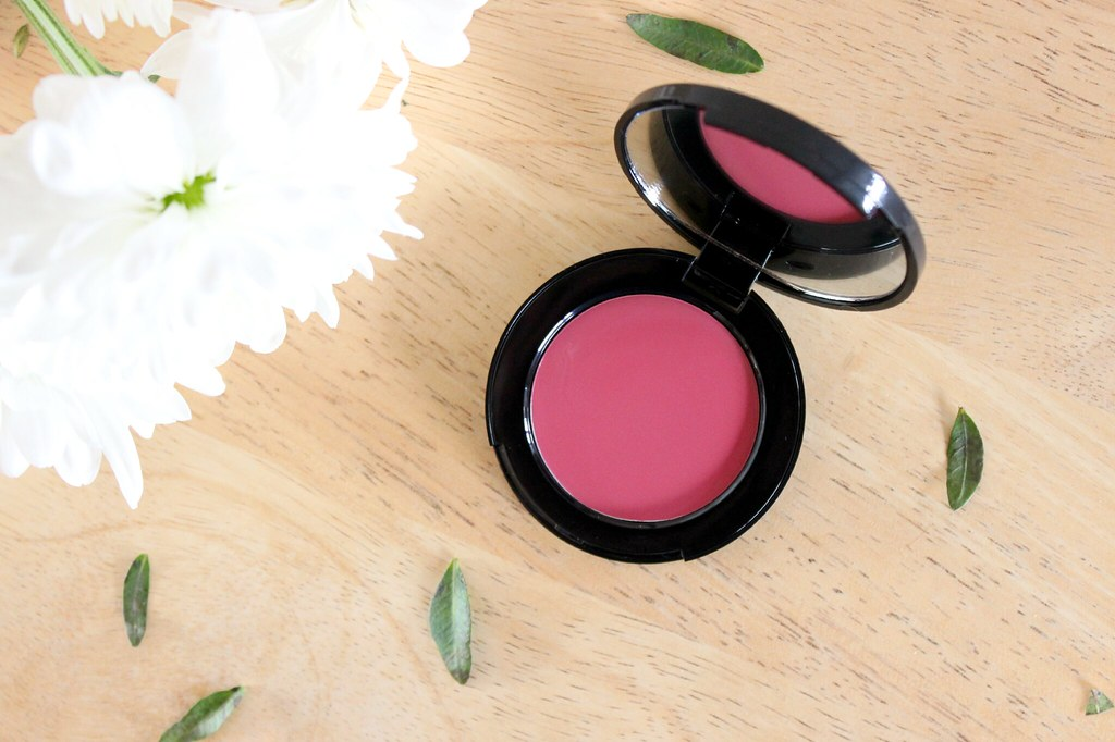 Bobbi Brown Pretty Powerful II Pot Rouge