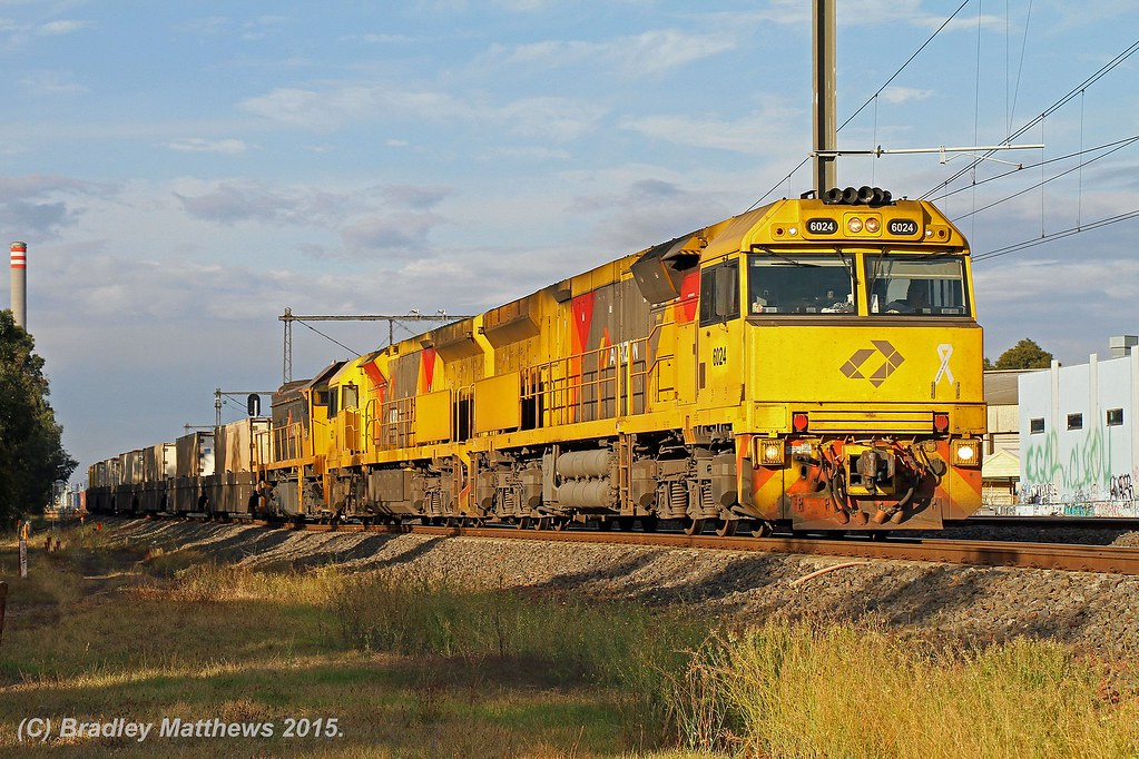 6024-6021-X54 with 7MP1 Aurizon freight to Perth near Newport (4/4/2015) by Bradley Matthews