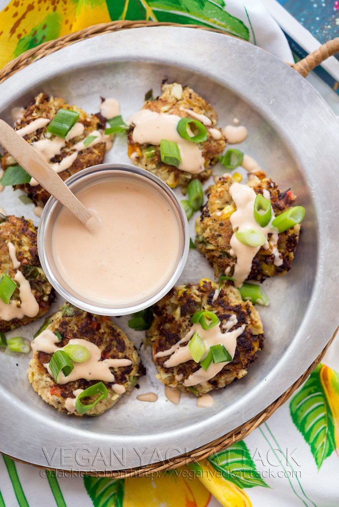 Artichoke Crab Cakes with Sriracha Tartar Sauce