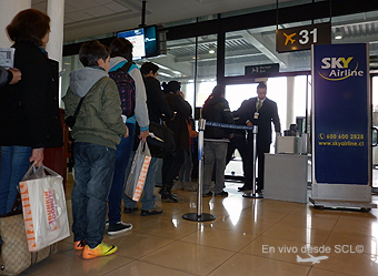 Sky Airline pasajeros embarcando (RD)