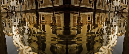 Venice mirror9