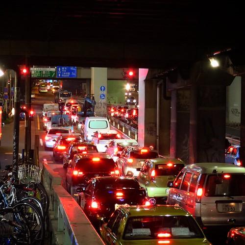 渋谷、夜、道。