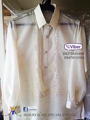 neck(0.0), sleeveless shirt(0.0), formal wear(0.0), blouse(0.0), pattern(1.0), textile(1.0), clothing(1.0), collar(1.0), dress shirt(1.0), sleeve(1.0), outerwear(1.0), shirt(1.0),