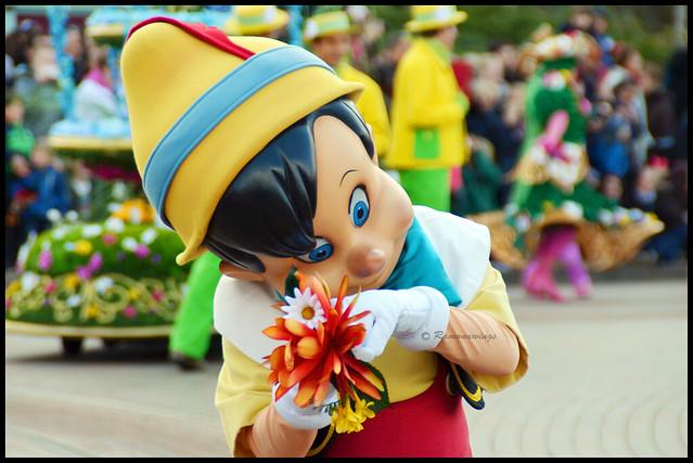 Vos photos avec les Personnages Disney - Page 40 17050358640_0942527baa_z