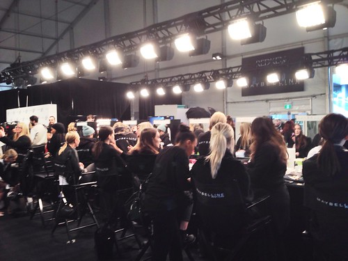 Wmcfw backstage beauty