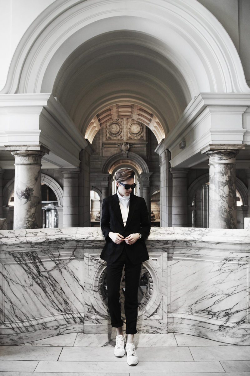 mikkoputtonen_fashionblogger_london_marble_outfit_frenn_puma_acnestudios3_web