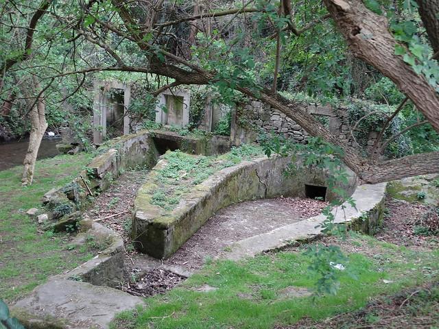 Ruinas en la ruta Sisalde - Costa Arteixo