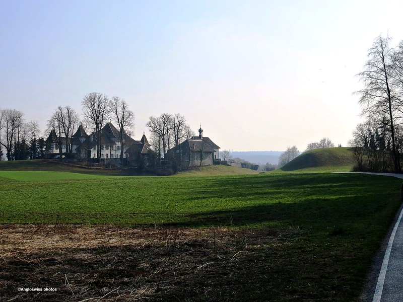 Behind castle Waldegg
