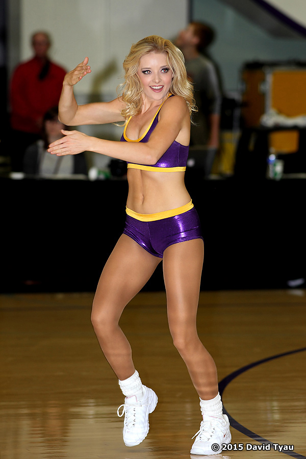 Laker Girls032715v044