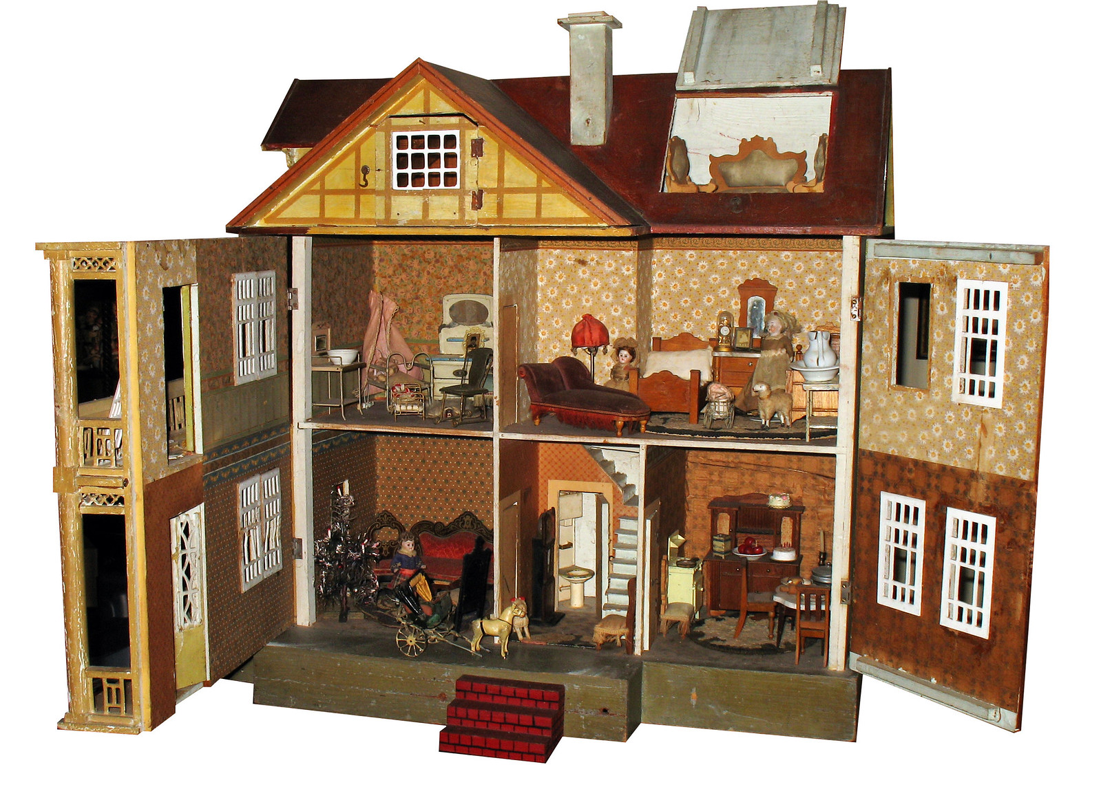 Antique English Dollhouse. Credit Paul Keleher