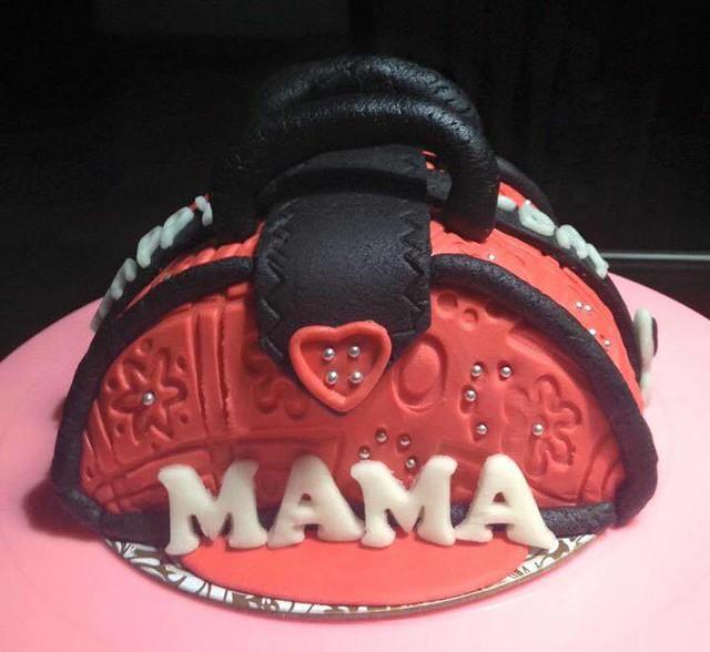 Gless Repia Buan's Pretty Handbag Cake