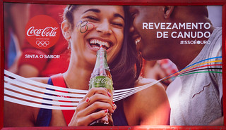 Coca-Cola-Rio-de-Janeiro-Olympics-2016---Straw-Relay-Coca-Cola-Green-Debut---news-stand