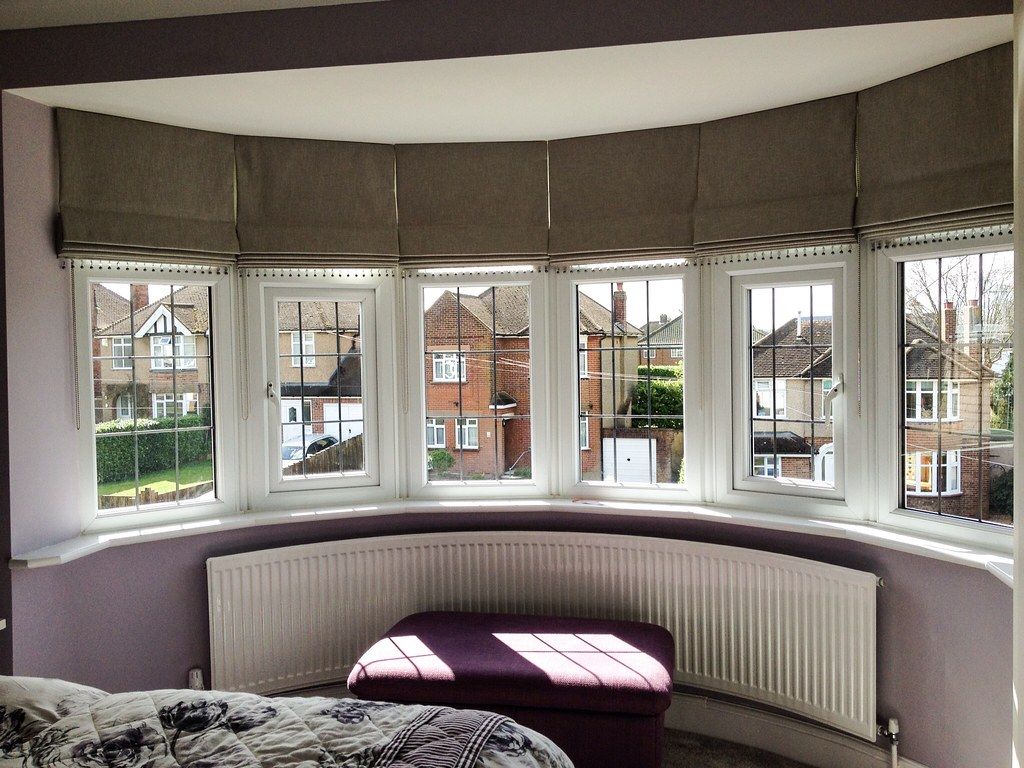 Gallery louise jackson curtains for Roman shades for bay windows