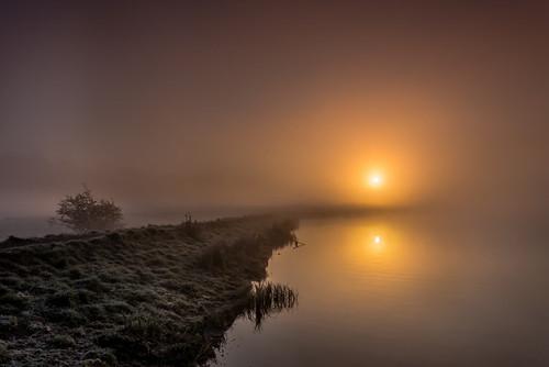 misty sunrise scotland loch knapps ef1740f4l renfrewshire canon6d